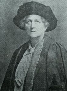 Portrait of Aleen Cust, Ireland's first female veterinarian