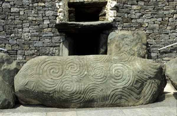 Irish Pagan Symbols on Newgrange Passage Tomb, © 2010 Dept. Environment, Heritage & Local Government.